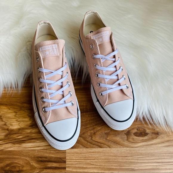 converse beige low top